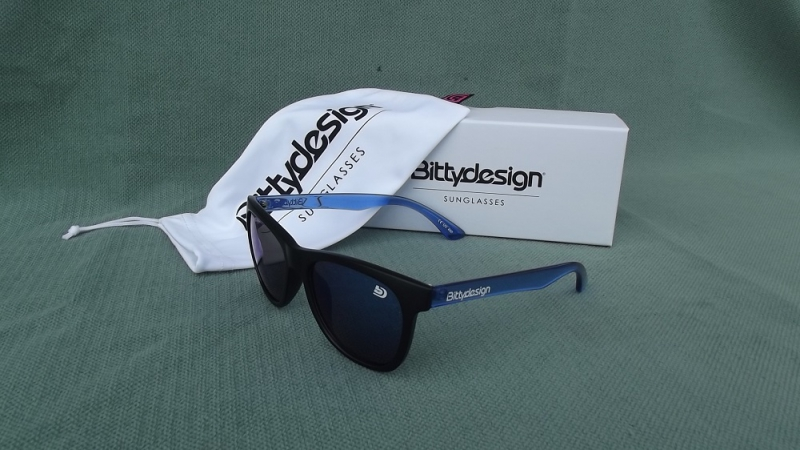 BITTYDESIGN VENICE FUTURE SUNGLASSES (BLUE/MATTE BLACK FRAME,BLUE MIRROR LENS)